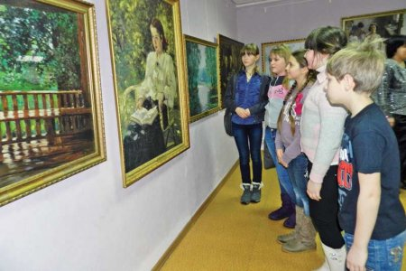 В программу российских школ внесут культурные нормативы