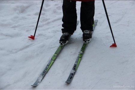 В Башкирии разыскивается водитель машины, сбивший 8-летнего ребенка на лыжах