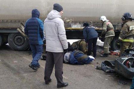 На границе Башкортостана и Челябинской области крупная авария с участием фуры, есть погибшие