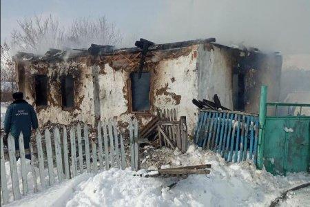 В Башкортостане стали известны подробности пожара, унесшего жизни двоих взрослых и ребенка