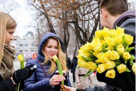 Уфимкам в честь 8 марта волонтеры подарят 1000 тюльпанов