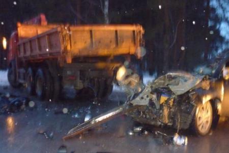 В Башкортостане при столкновении с «КамАЗом» погибла пассажирка Mitsubishi Outlander