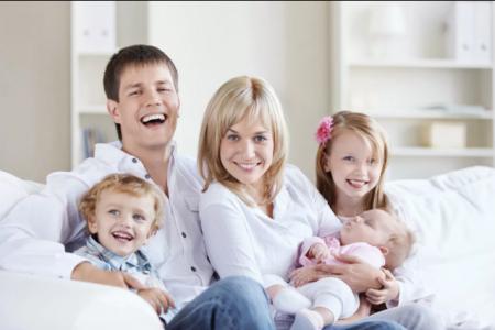 В Башкортостане могут ввести 4-дневную рабочую неделю для мам с тремя детьми
