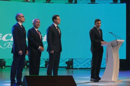 Губернатор Свердловской области пожелал «Салавату Юлаеву» выиграть Кубок Гагарина