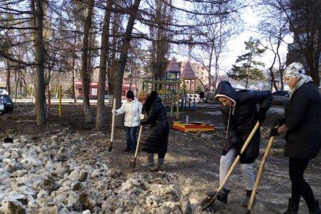 В Башкортостане в субботниках приняли участие 320 тысяч человек, собрано 110 тысяч кубов мусора