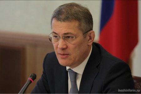 Радий Хабиров: Врачам в Башкортостане выплатят дополнительно 125 млн рублей