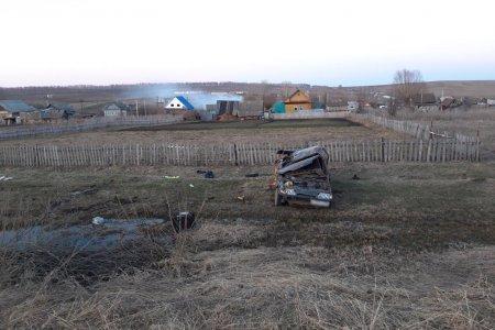 В Башкортостане пьяный водитель опрокинулся в кювет: погиб пассажир