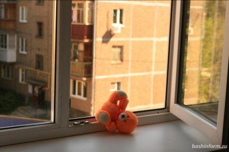 В Башкортостане ребенок выжил, упав с 4 этажа