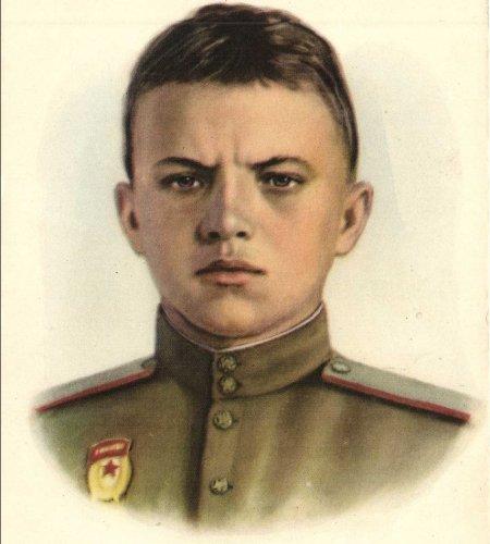 Герой Советского Союза Александр Матросов: как весь мир узнал о нем