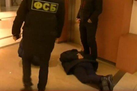 «Завалить» на экзамене – дело 15 минут»: появилось видео задержания экс-полицейского в Уфе