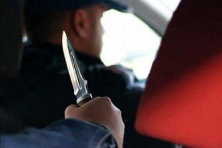 Житель Уфимского района ранил таксиста и угнал автомобиль