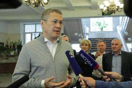 Радий Хабиров написал международный диктант на башкирском языке