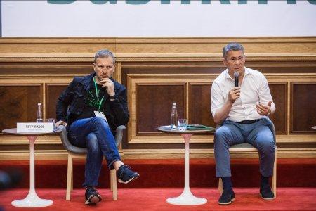 Радий Хабиров: «Основной создатель смыслов в интернете - государство»