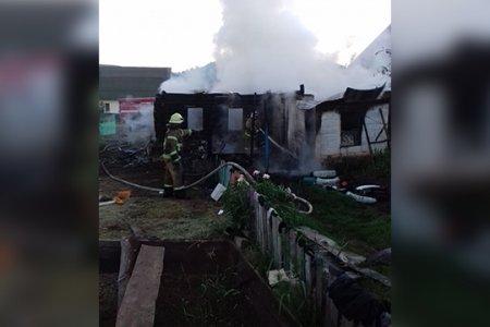 В Башкортостане сгорел дом многодетной семьи