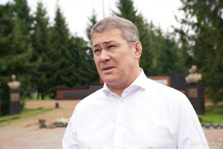 Радий Хабиров: В Архангельском будет построен первый бассейн по республиканской программе