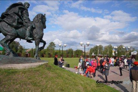 Радий Хабиров: на Советской площади в Уфе установим конный памятник генералу Шаймуратову