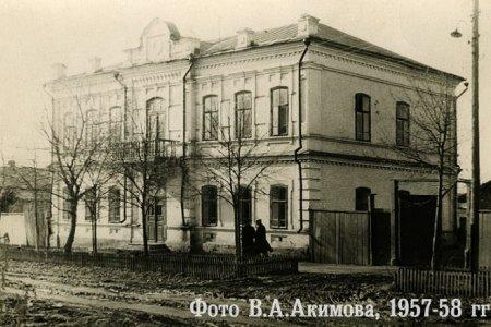 В Уфе полностью снесли здание бывшего Приходского училища на улице Кустарной