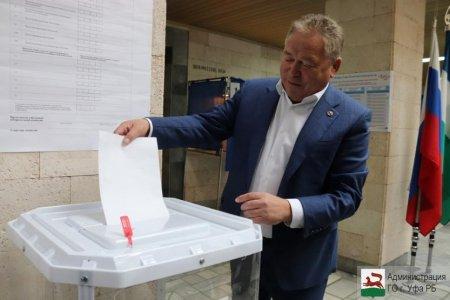 Ульфат Мустафин: «От правильного выбора зависит будущее развитие республики и ее столицы»