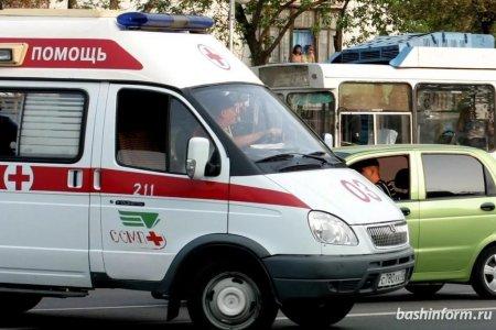 В грудь воткнулся нож: в Башкортостане боец скота получил травму при разделке свиных туш