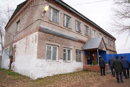 В Стерлибашево здание бывшей поликлиники перепланируют под 12 квартир для молодых врачей