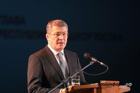 Радий Хабиров поздравил дорожников Башкортостана с профессиональным праздником
