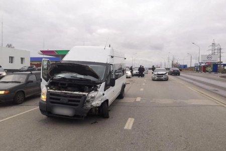 В Уфе в ДТП с участием автобуса пострадали трое детей и одна женщина