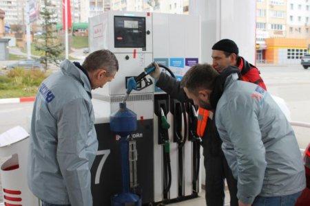 Общественники выясняли, действительно ли на уфимских АЗС не доливают бензин