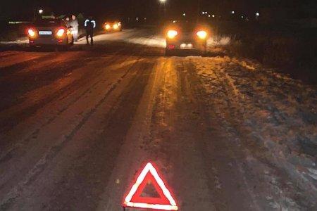 В Башкортостане водитель иномарки не справился с управлением и сбил пятерых школьниц