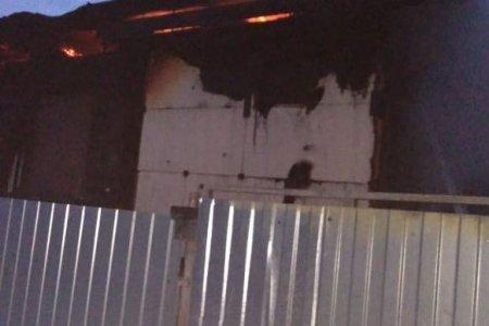 В Уфе при пожаре в садовом доме пострадали двое малолетних детей