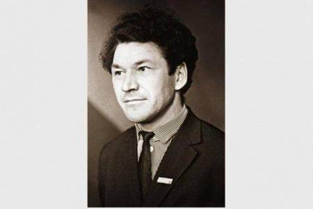 Глава Башкортостана подписал указ о праздновании 90-летия народного поэта Рами Гарипова