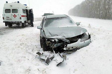 В Башкортостане столкнулись два автомобиля: погибла 43-летняя женщина