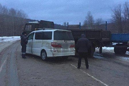 Три человека пострадали в ДТП с участием «КамАЗа» в Башкортостане