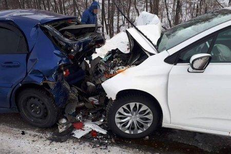 В Башкортостане столкнулись встречные иномарки: пострадали две женщины