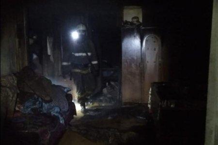 В Башкортостане спасатели нашли в горящем доме тело женщины