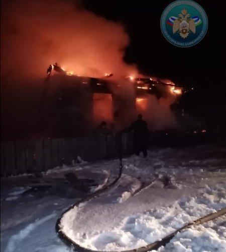 В Башкортостане в загоревшемся доме погибли мужчина и женщина