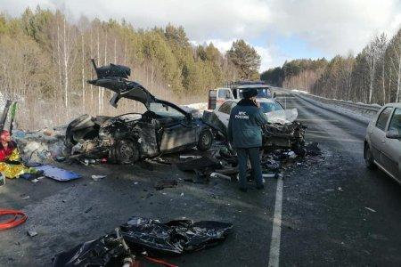 В Башкортостане в массовом ДТП погибла женщина-водитель