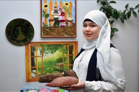 В Башкортостане школьница вырастила необычный для местного климата овощ