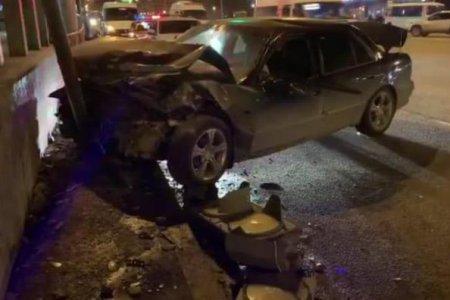 В Уфе Hyundai Sonata врезалась на светофоре в Volkswagen Tiguan